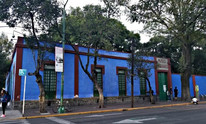 La Casa Azul_edited